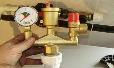 Почему падает давление в котле при включении горячей воды разбираем причины