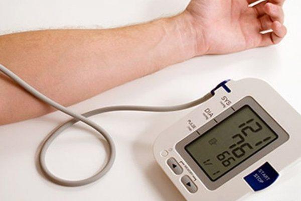 Разное давление на руках причины и лечение - Все про болезни